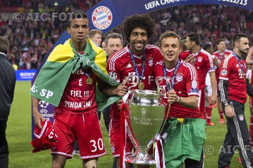 Imagemediumhxid276753 bayern 2013 uefa champions league 2012 2013 final voltagebd Images